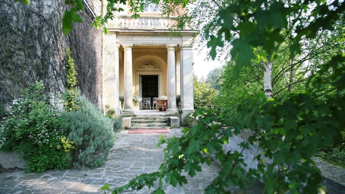 chateau-de-lesigny-salle-reception-mariage-77-colonne