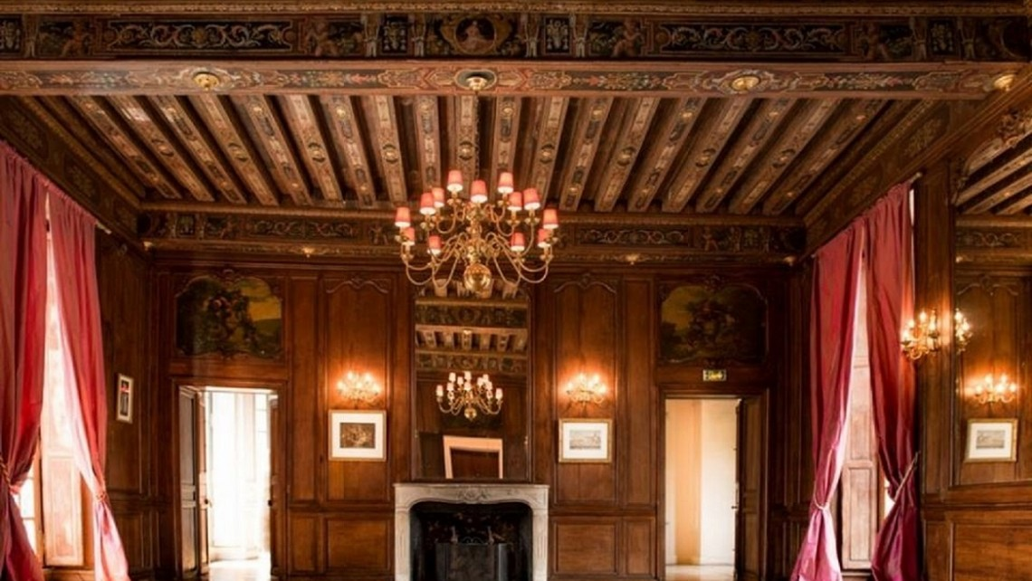 chateau-de-lesigny-salon-louis-XIII01