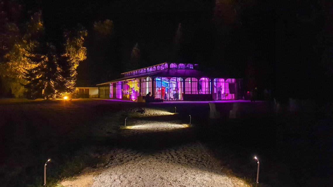 orangerie-allée-nuit-lumière-chateau-de-bourguignon-77